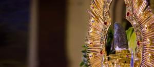 Fotografía de la Virgen de los Ángeles de costado