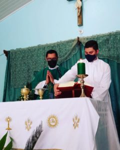 Primer día que serví en mi pueblo como seminarista.